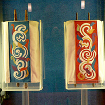 Torah covers depicting the Pillar of Smoke and Pillar of Fire (Temple Israel Chapel)